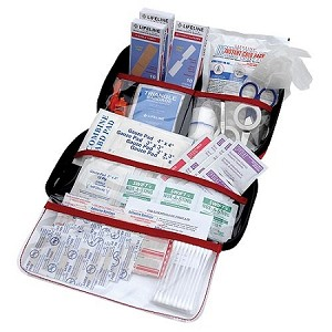 121 Piece Lifeline Deluxe First Aid Kit